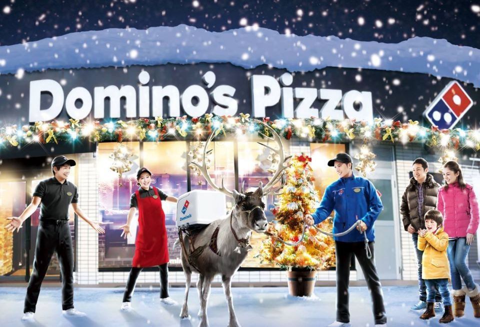 Domino's trains reindeer to deliver pizza for Christmas | The Drum